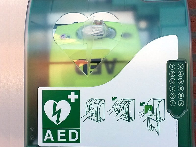 08 aed